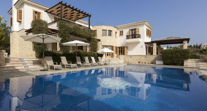 Aphrodite Hills 5 Bedroom Luxury Villa - Posseidon
